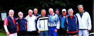 Die TCCer gratulieren ihren Gastgebern, dem SVV Buschhausen, zur Meisterschaft in der Oberliga. Im vorausgegangenen Match waren die TCCer leer ausgegangen.